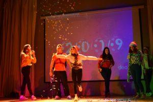 """Новогодний фестиваль""""Чародеи МК"""""""