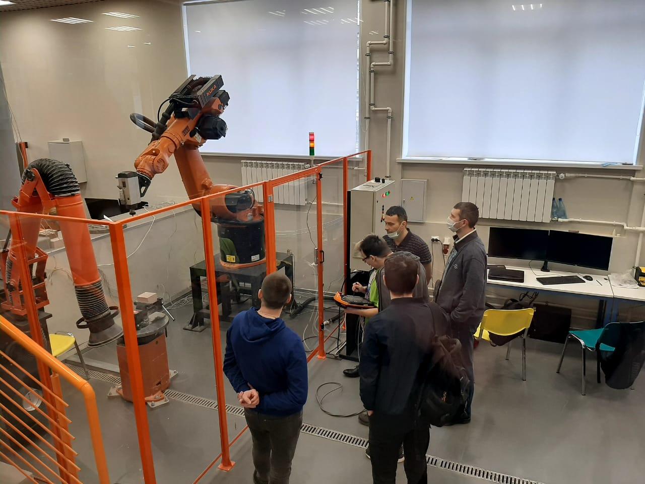Практикум по промышленной робототехнике